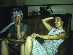 Mom_and_loretta