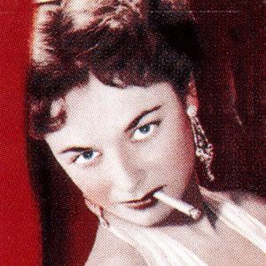 Womansmoking2
